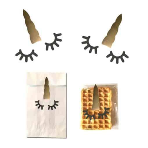 Eenhoorn stickers goud uitdelen op school