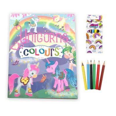 Eenhoorn kleurboek met regenboog kleurpotloden